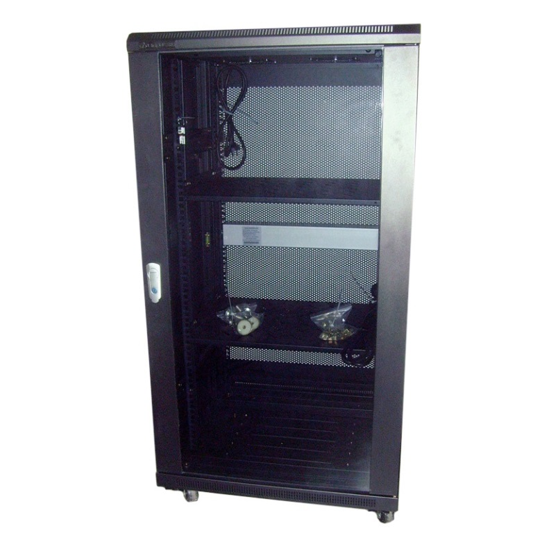 LinkBasic 22RU 1000mm Depth Server Rack Smoke Glass Door with 4 x 240v Fans and 8-Port 10A PDU